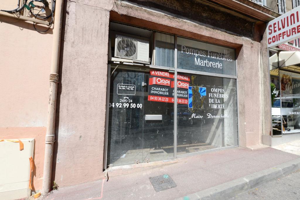 Vente Immobilier Professionnel Murs commerciaux grasse (06130)